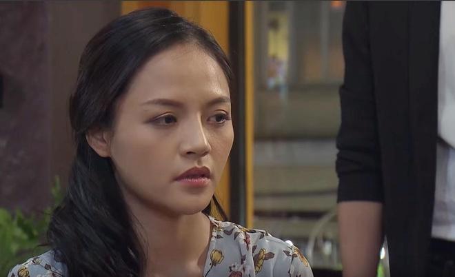 'Về nhà đi con' tập 84: Vũ tán tỉnh Thư, Huệ được Quốc tỏ tình