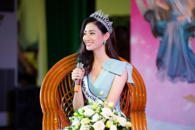 Hoa hau Luong Thuy Linh anh 3