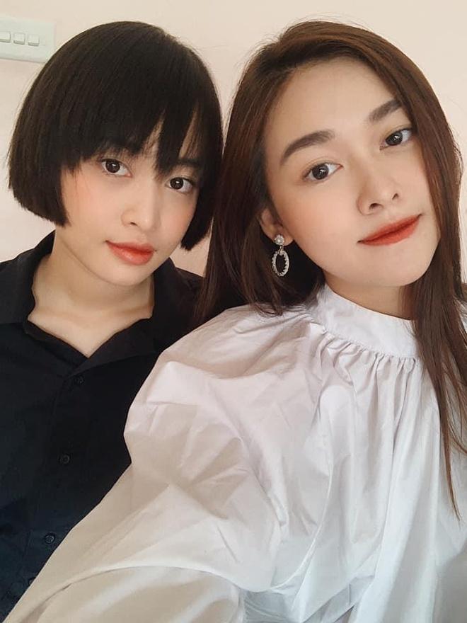 Á hậu Tường San đăng ảnh chị gái có nhan sắc không kém cạnh