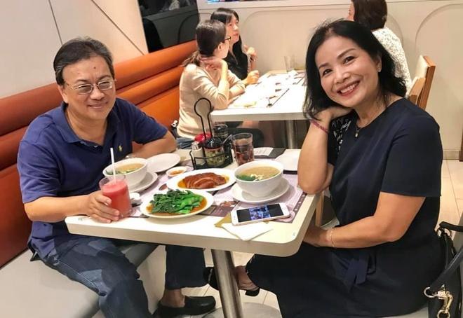 Chuyen xuc dong cua 3 nghe si Viet khi dieu tri ung thu o Singapore hinh anh 2