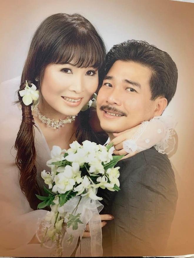 Anh cuoi hiem cua nghe si Hoai Linh, Thu Minh va cac sao Viet hinh anh 8