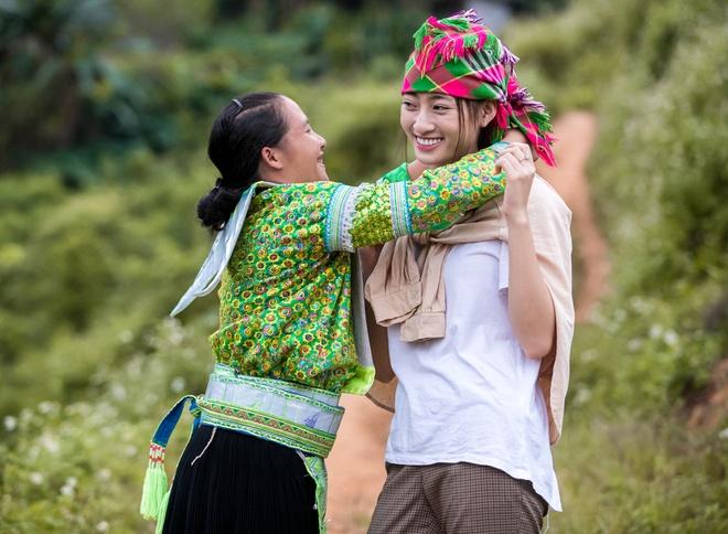 Hinh anh doi thuong cua Hoa hau Luong Thuy Linh hinh anh 2