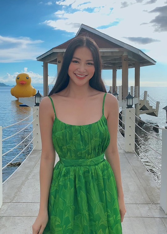 Hoa hau Phuong Khanh mac ao tam, do dang dan thi sinh Miss Earth hinh anh 8