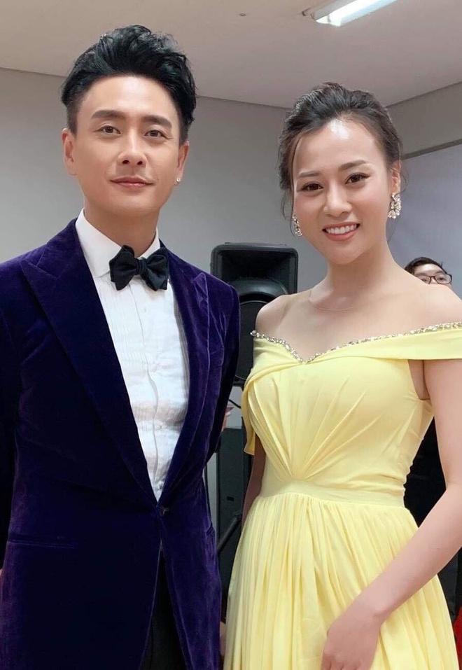 'Quynh bup be' Phuong Oanh, Angelababy rang ro tren tham do LHP Busan hinh anh 3