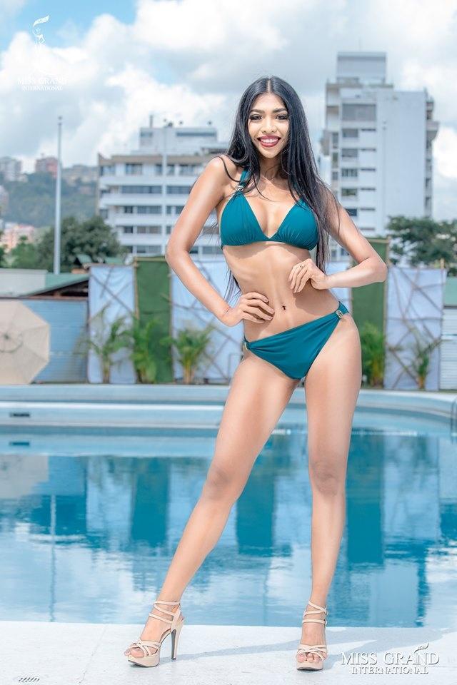 Kieu Loan thi bikini Hoa hau Hoa binh anh 7