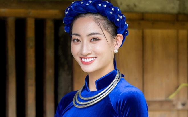 Luong Thuy Linh gioi thieu ban than bang tieng Anh hinh anh