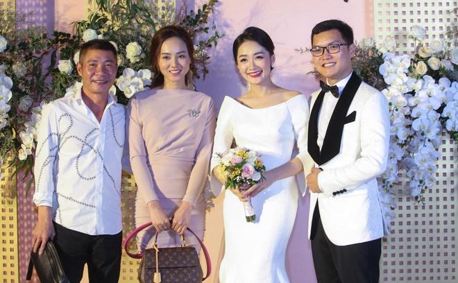 Mai Phuong Thuy den tre tiec cuoi BTV Thoi su Thu Ha hinh anh 8