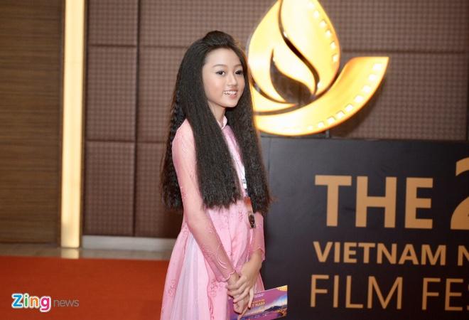 Tran Thanh vang mat du doat giai Nam dien vien chinh xuat sac hinh anh 4