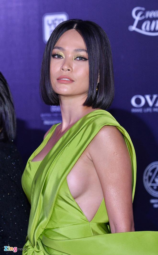 Nguyen Tran Khanh Van dang quang Hoa hau Hoan vu Viet Nam 2019 hinh anh 11
