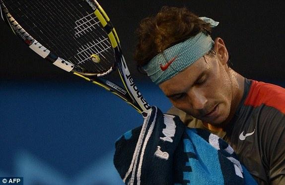 Nadal bat khoc khi thua Wawrinka o chung ket Australia Open hinh anh 4