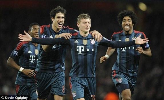 Arsenal 0–2 Bayern: Phao thu thua trong tran mat nguoi hinh anh