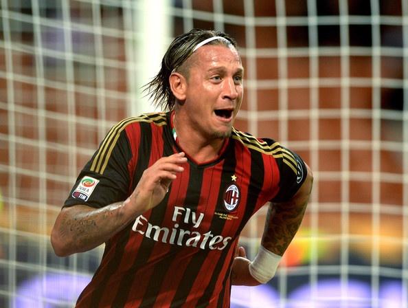 Diem tin 1/3: M.U theo doi trung ve o Serie A hinh anh