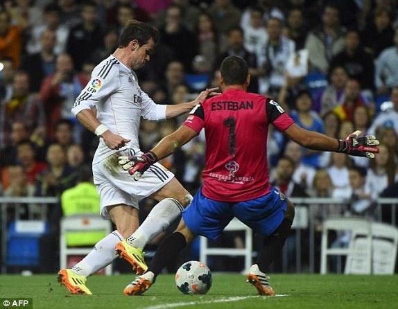 Bale thay Ronaldo dua Real len vi tri so 2 hinh anh 2