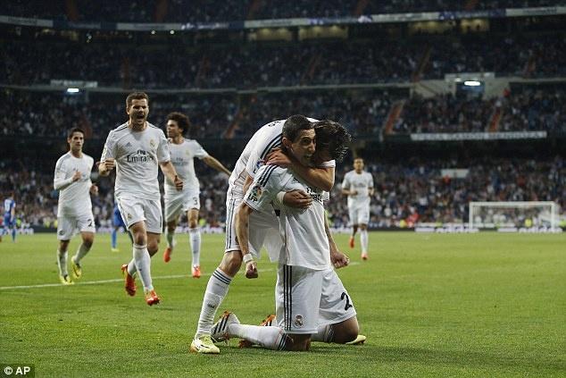 Bale thay Ronaldo dua Real len vi tri so 2 hinh anh 4