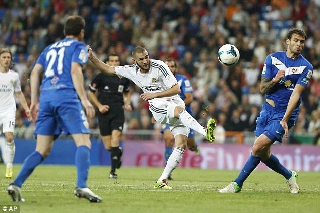 Bale thay Ronaldo dua Real len vi tri so 2 hinh anh 8