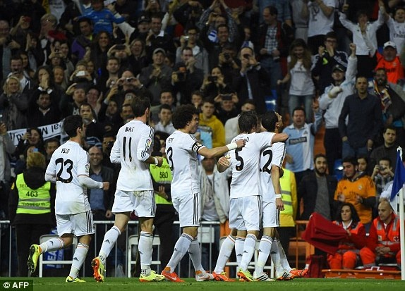 Bale thay Ronaldo dua Real len vi tri so 2 hinh anh 9