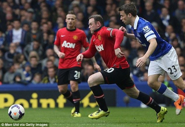 Man trinh dien tham hoa cua Rooney - Nani hinh anh