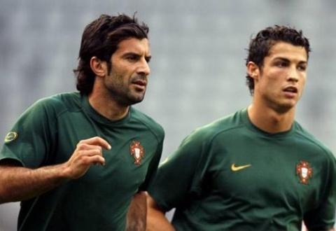 Ronaldo khoe nhung khong thong minh bang Figo hinh anh