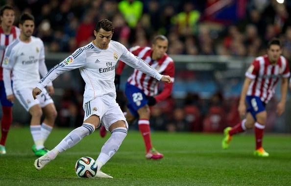 Atletico 0-2 Real: Ronaldo lap cu dup tren cham 11 m hinh anh