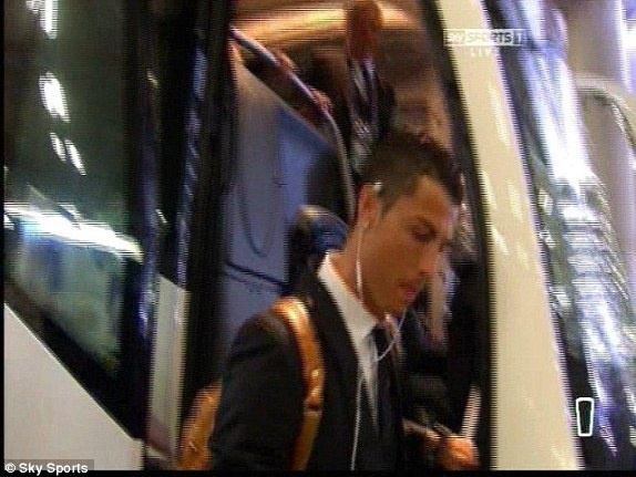 Real Madrid lan thu 10 vo dich Champions League hinh anh 30