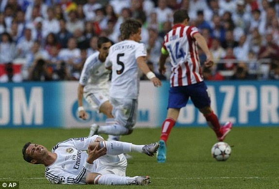 Real Madrid lan thu 10 vo dich Champions League hinh anh 55