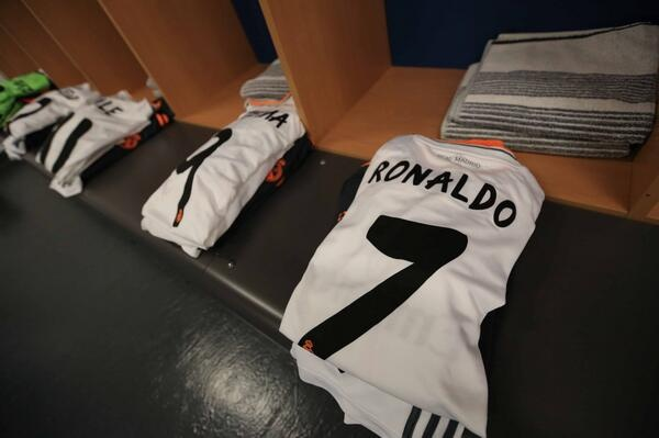 Real Madrid lan thu 10 vo dich Champions League hinh anh 34