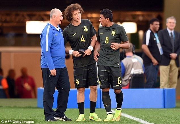 Tuyen Brazil phan khich truoc tran ra quan o World Cup hinh anh 8