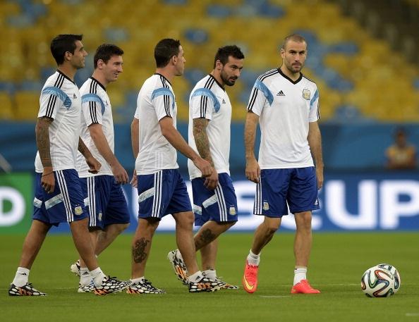 Messi khong bung suc tap luyen truoc tran gap Iran hinh anh 4