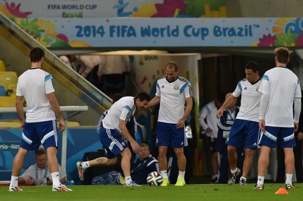 Messi khong bung suc tap luyen truoc tran gap Iran hinh anh 7