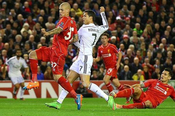 Ronaldo doat giai ban thang dep nhat tuan o Champions League hinh anh