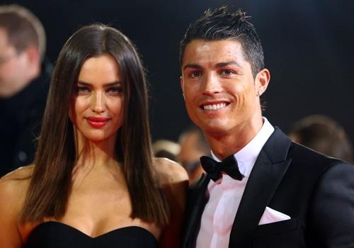 Nhung hinh anh dep cua Ronaldo va Irina khi con man nong hinh anh