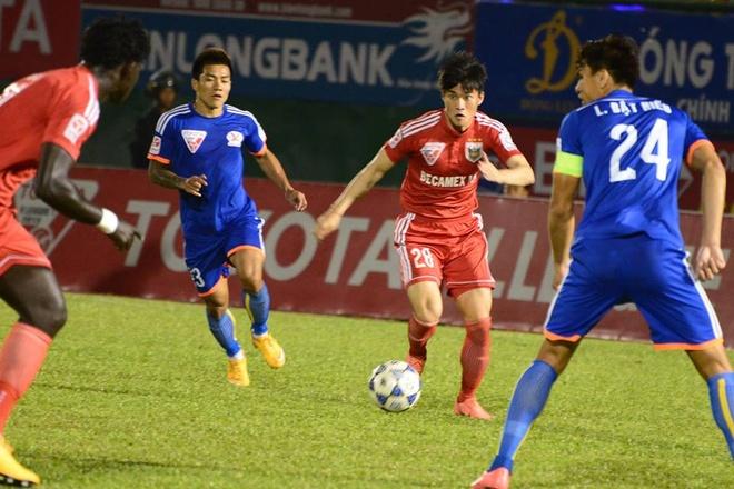Hai Phong len ngoi dau, Binh Duong bat ngo thua 1-2 hinh anh