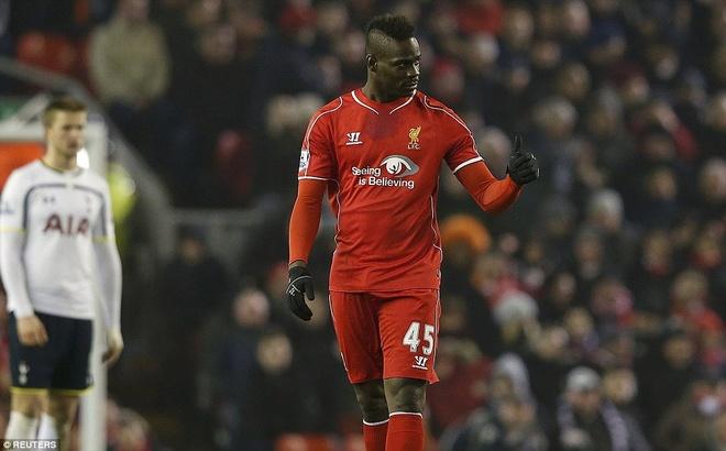 Balotelli giai han ban thang, Liverpool ha Tottenham 3-2 hinh anh