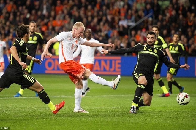 De Gea bat chinh trong tran Tay Ban Nha thua Ha Lan 0-2 hinh anh 3