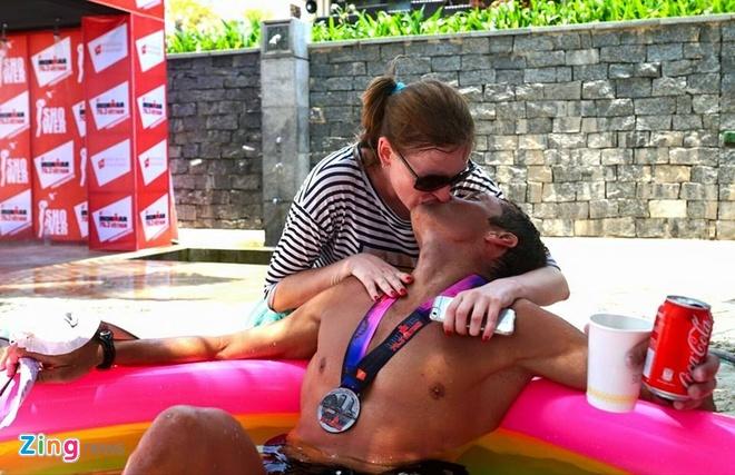 VNG Ironman 70.3: Nhieu VDV Viet Nam ve dich hinh anh 48
