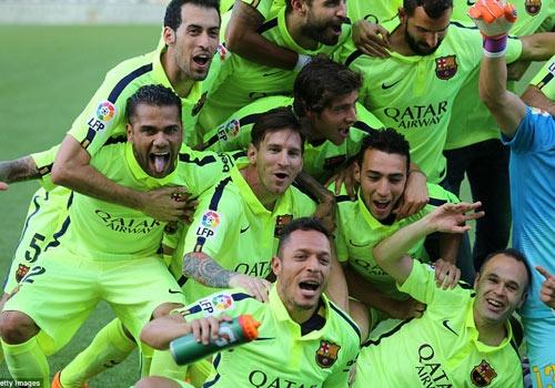 Busquets: 'Vo dich La Liga kho hon Champions League' hinh anh