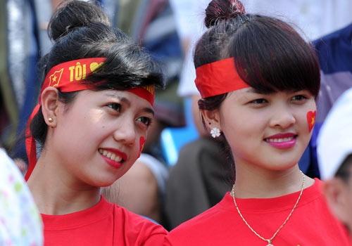CDV phu kin san Cam Pha co vu U23 Viet Nam hinh anh
