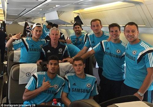 Chelsea phan khich khi len duong den Thai Lan giao huu hinh anh