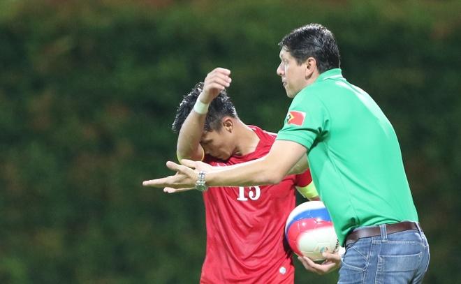 HLV Dong Timor choc tuc doi truong U23 Viet Nam hinh anh