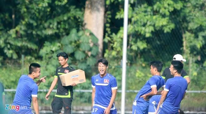 U23 Viet Nam mat ngoi dau bang khi thua Thai Lan 1-3 hinh anh 5
