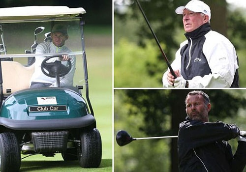 Sir Alex va HLV Van Gaal cung choi golf lam tu thien hinh anh