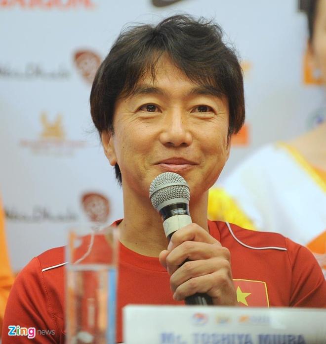 Hang nghin fan Viet co vu Man City tap luyen hinh anh 4