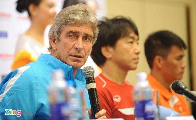 Hang nghin fan Viet co vu Man City tap luyen hinh anh 2
