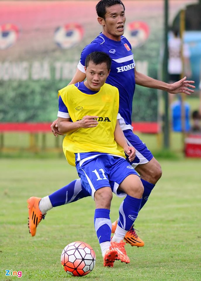 Hang nghin fan Viet co vu Man City tap luyen hinh anh 10