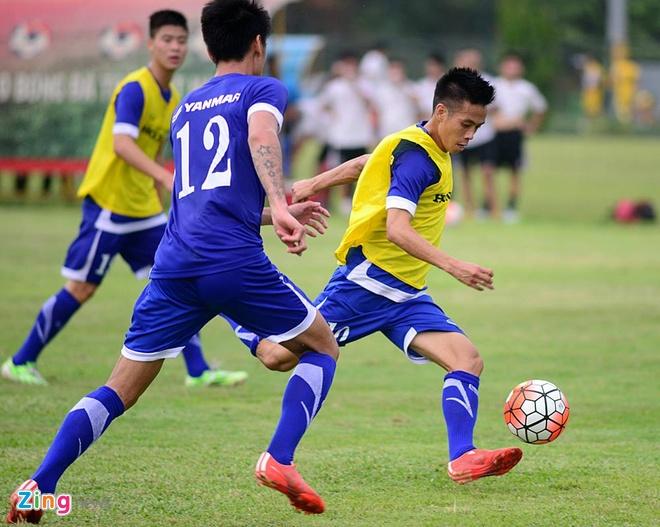 Hang nghin fan Viet co vu Man City tap luyen hinh anh 12