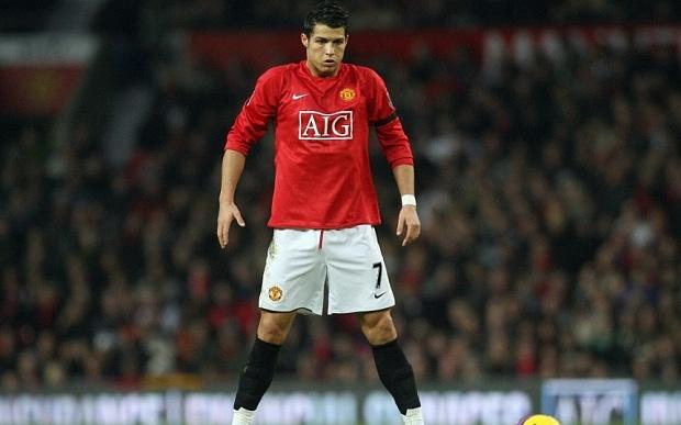M.U va 6 nam gian nan tim nguoi thay the Cristiano Ronaldo hinh anh