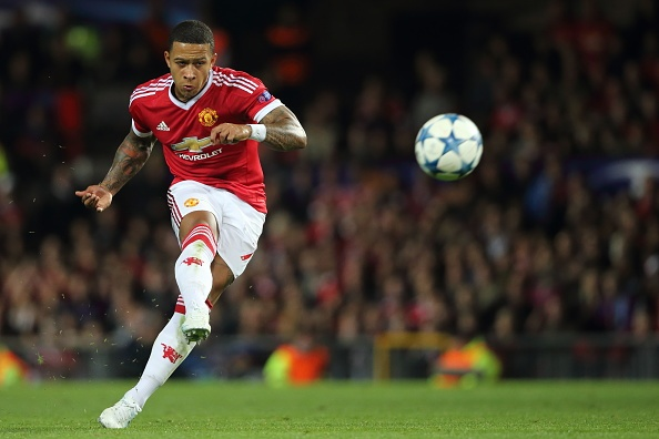 Depay that vong vi bo lo co hoi lap hat-trick cho M.U hinh anh