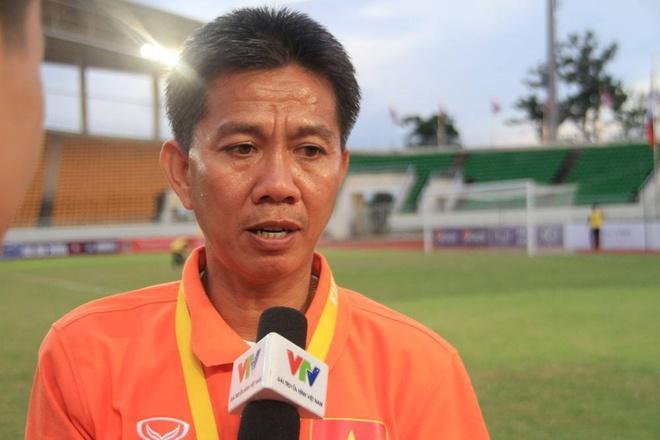HLV U19 VN: 'Thang Singapore 6-0 van chua chac vao ban ket' hinh anh