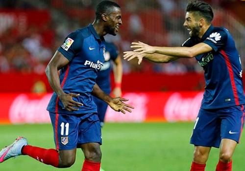 Atletico xep tren Barcelona, Real sau khi thang Sevilla 3-0 hinh anh