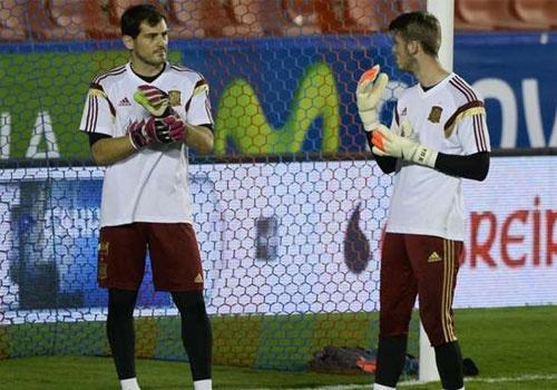 De Gea 'xo hang' dan anh Iker Casillas hinh anh